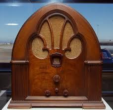 Old radio 4